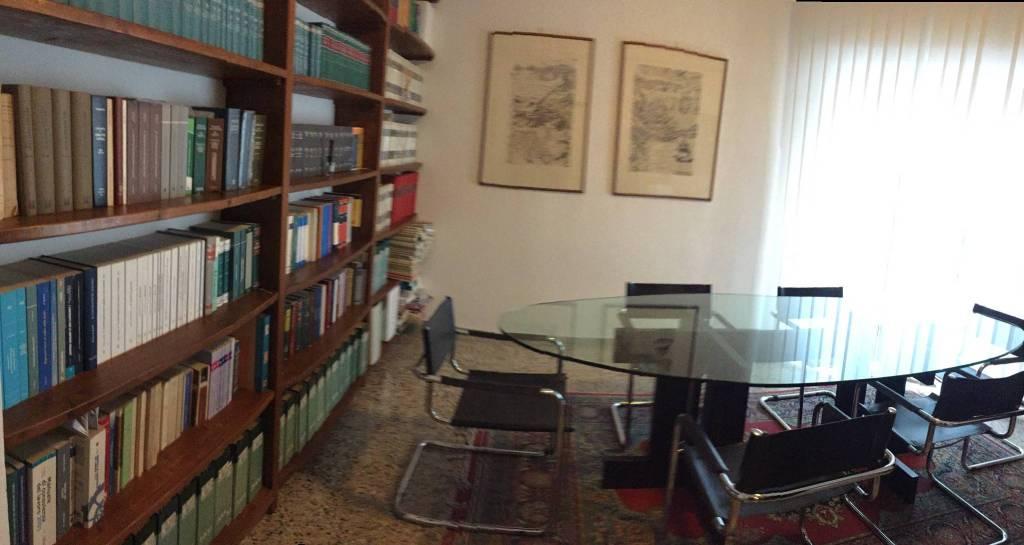 Ufficio in affitto Rif. 8859263