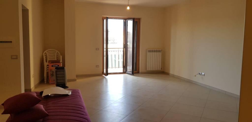Appartamento in vendita Rif. 8859391