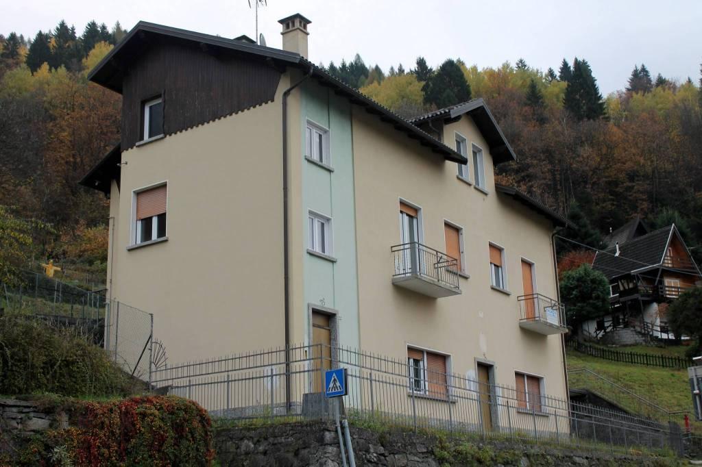 Appartamento da ristrutturare in vendita Rif. 8859384