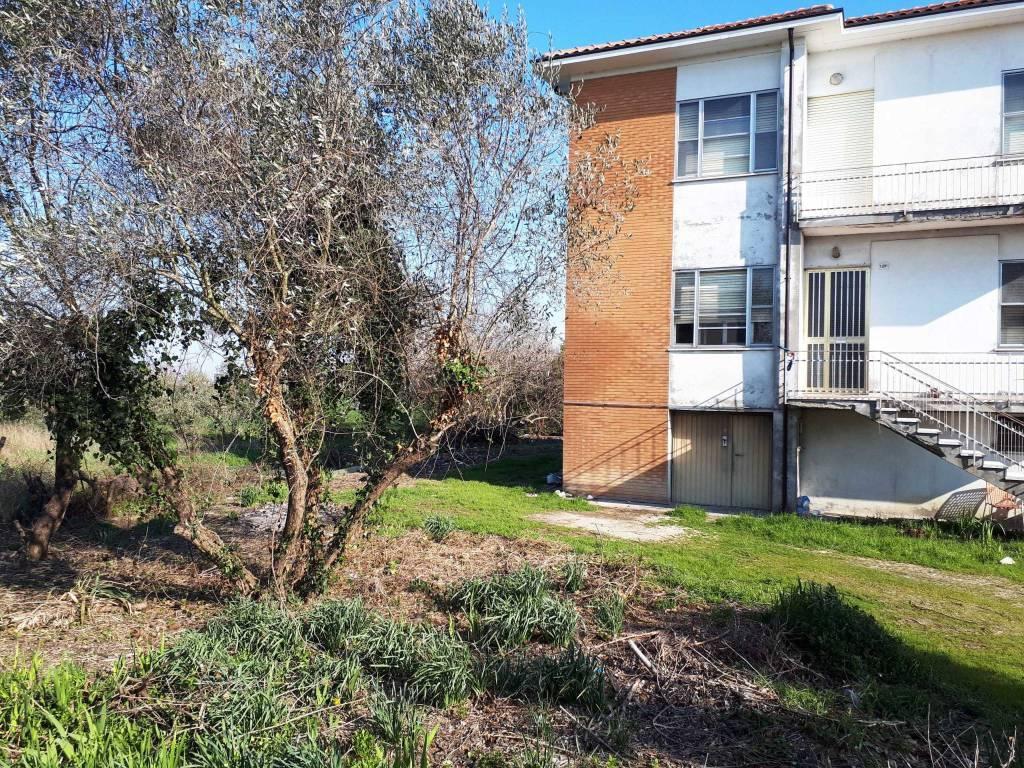 Villa in Vendita a Savignano Sul Rubicone Periferia: 5 locali, 309 mq