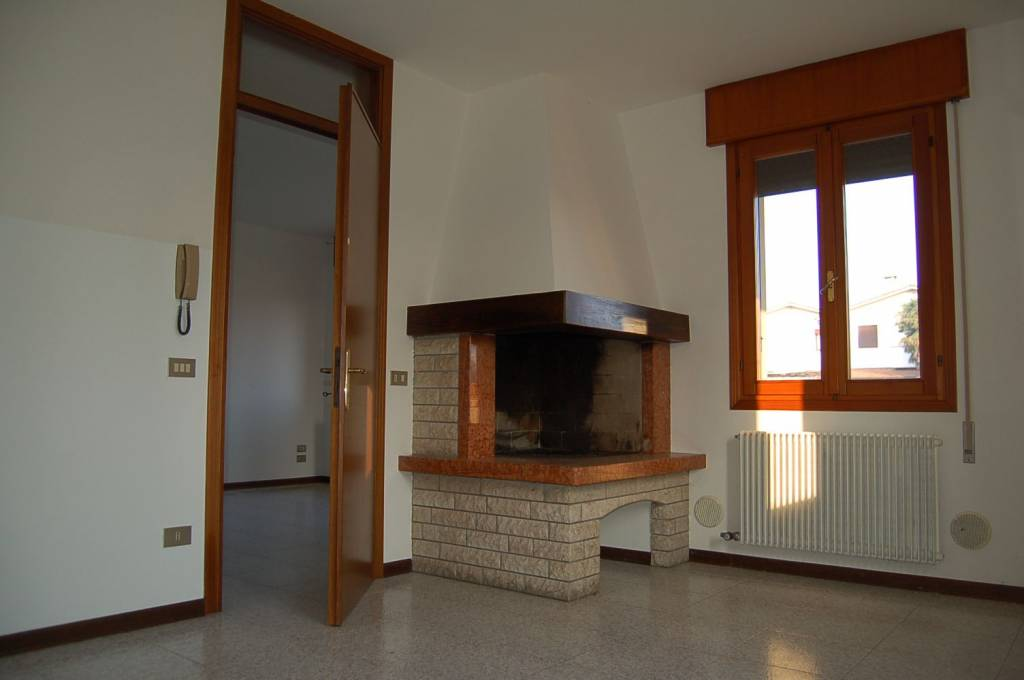 Villa in ottime condizioni in affitto Rif. 8860533