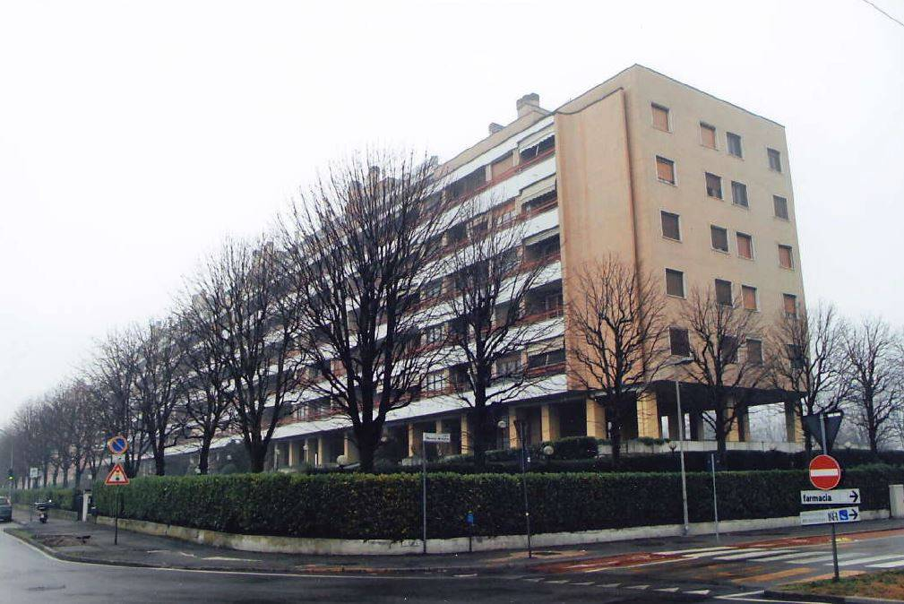 Appartamento in buone condizioni in vendita Rif. 8859832