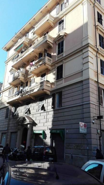 Appartamento in buone condizioni in vendita Rif. 8872247