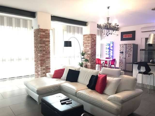 Appartamento in ottime condizioni in vendita Rif. 8871623