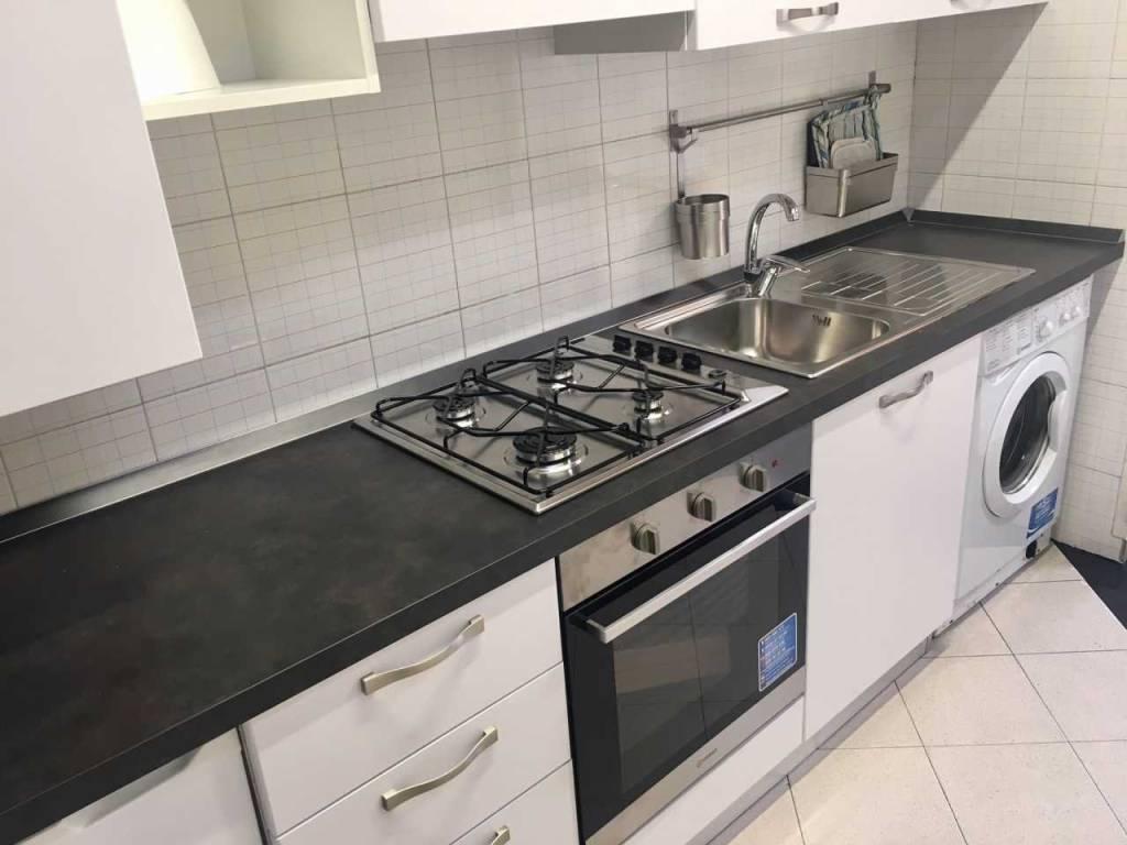 Appartamento in ottime condizioni arredato in affitto Rif. 8888301
