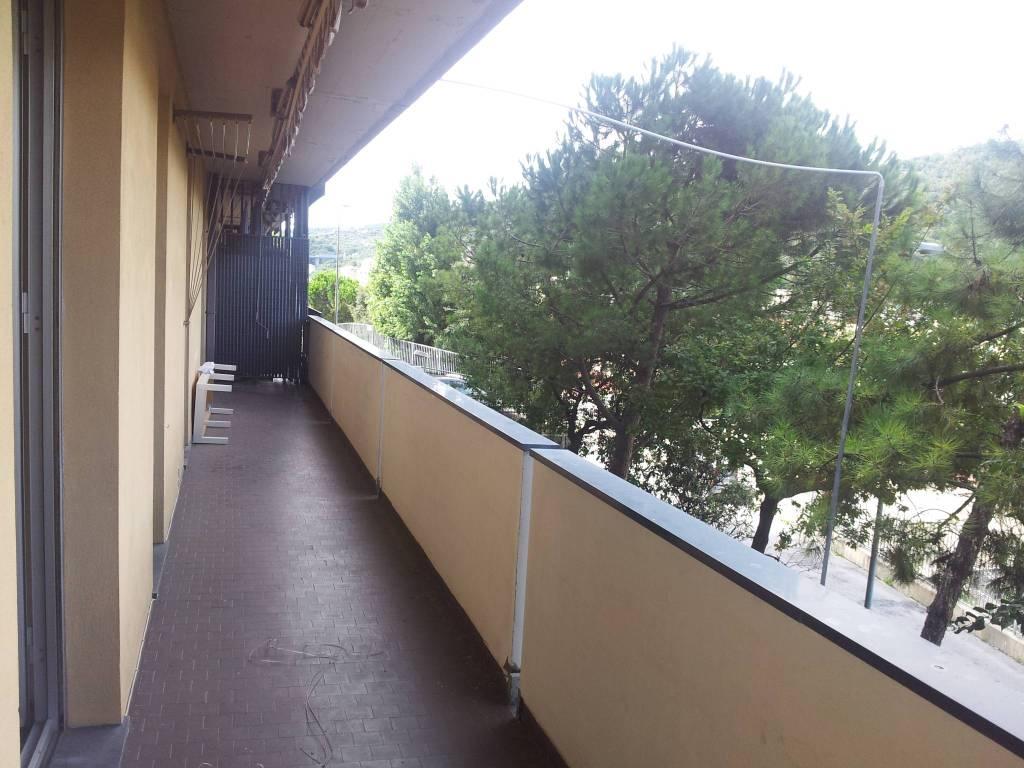 Appartamento in buone condizioni in vendita Rif. 8871478