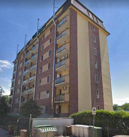 Appartamento in buone condizioni in vendita Rif. 8872503