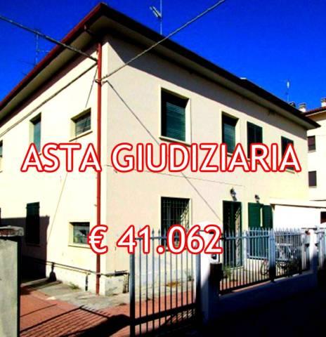 Foto 1 di Bilocale Via Tommaso Campanella 88, Imola