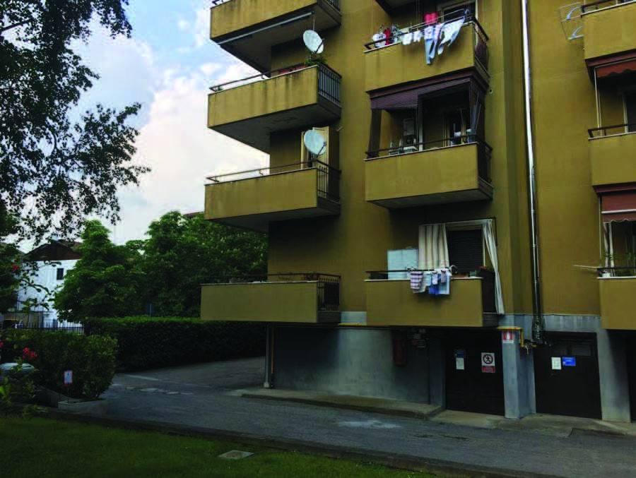 Appartamento in buone condizioni in vendita Rif. 8884801