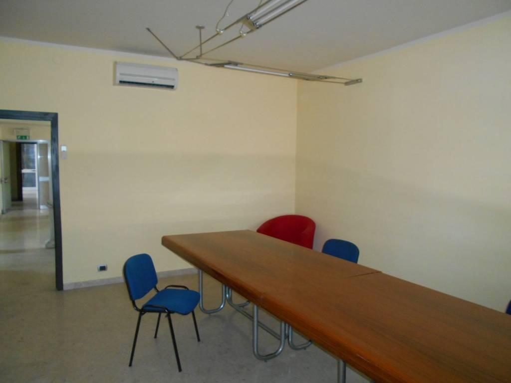 Ufficio in affitto Rif. 8886385