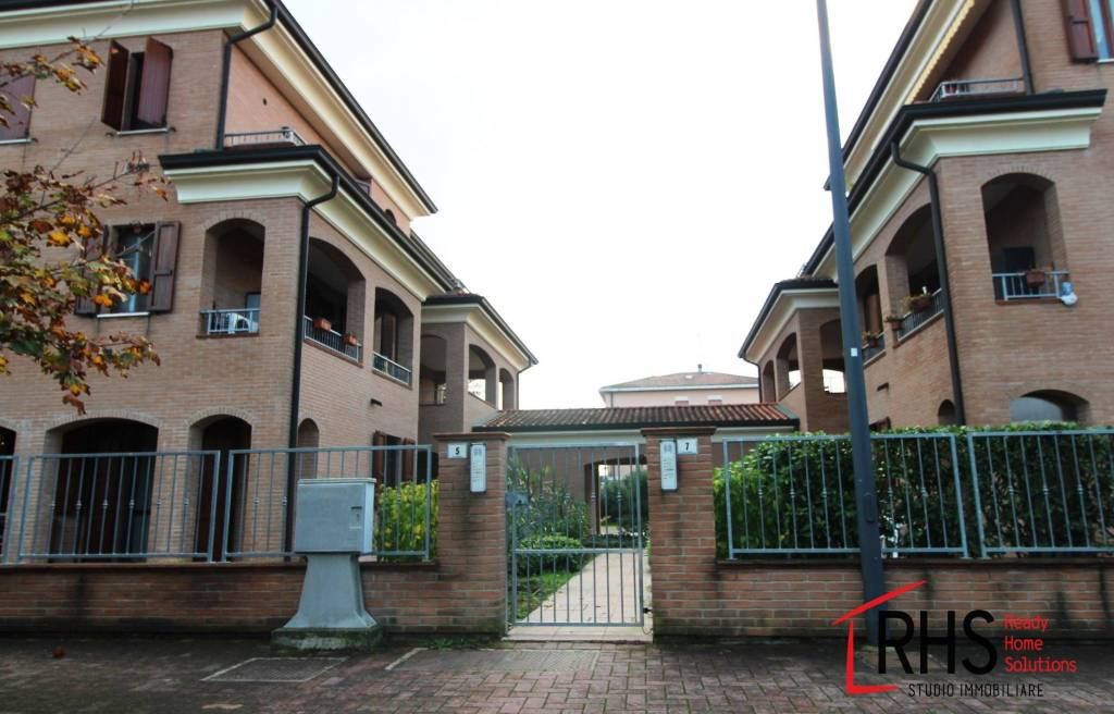 Appartamento in ottime condizioni in vendita Rif. 8888280