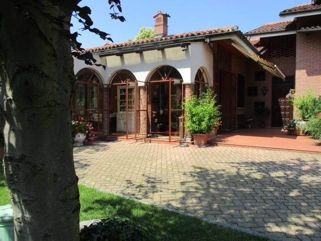 Villa in vendita a Trana, 10 locali, prezzo € 890.000 | CambioCasa.it