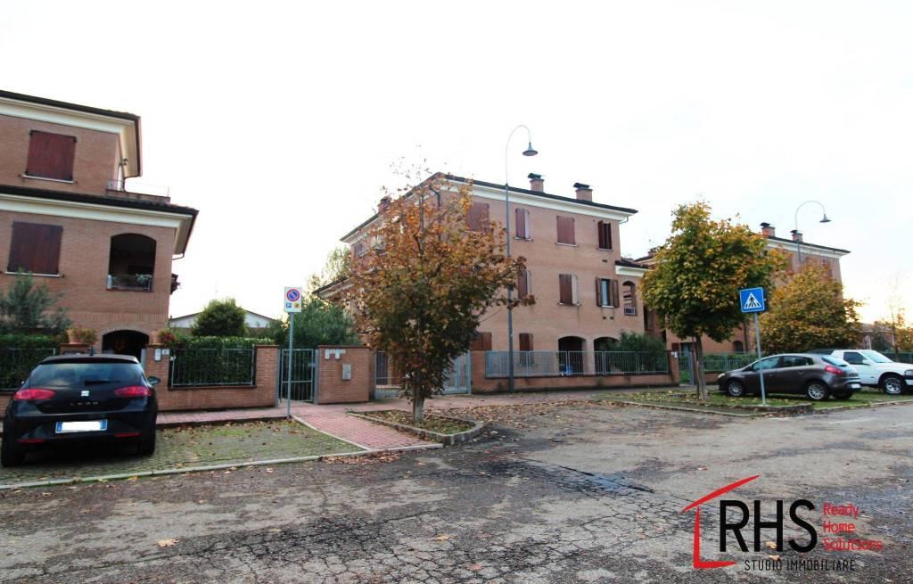 Appartamento in ottime condizioni in vendita Rif. 8888279