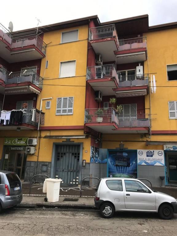 Appartamento in buone condizioni in affitto Rif. 8885807