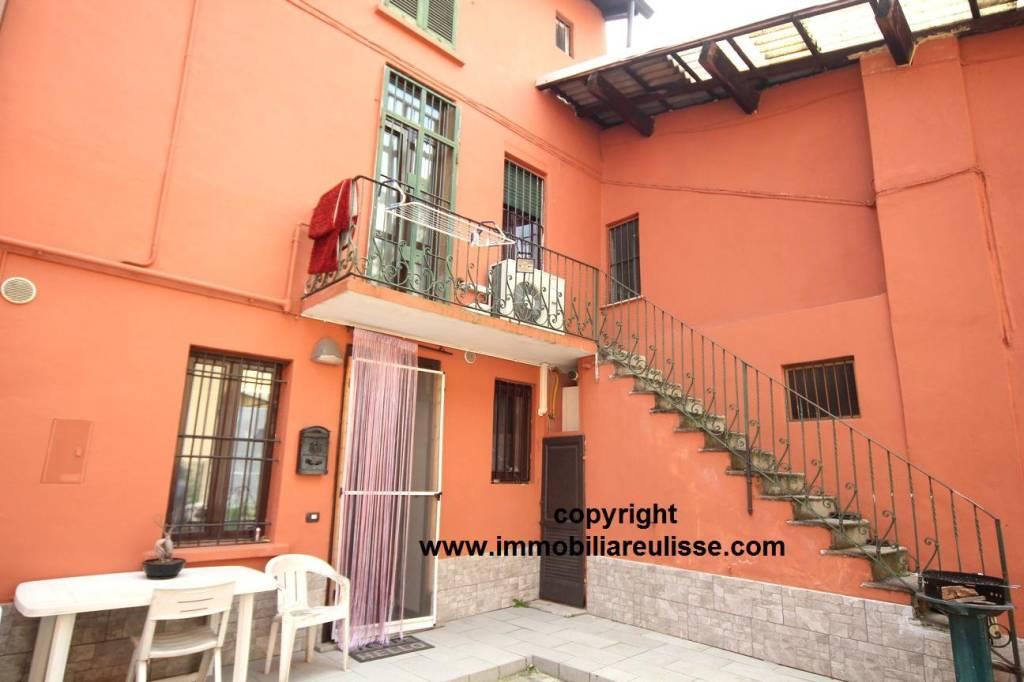 Appartamento in ottime condizioni in vendita Rif. 8884446