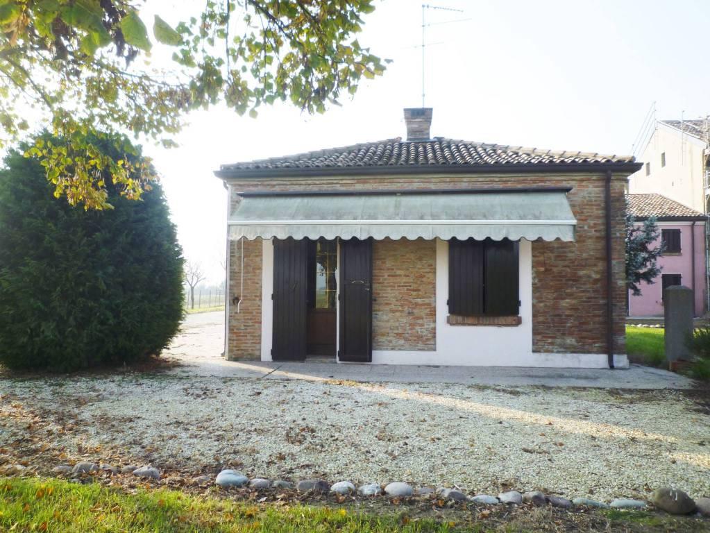 Casa Indipendente in ottime condizioni arredato in affitto Rif. 8888031