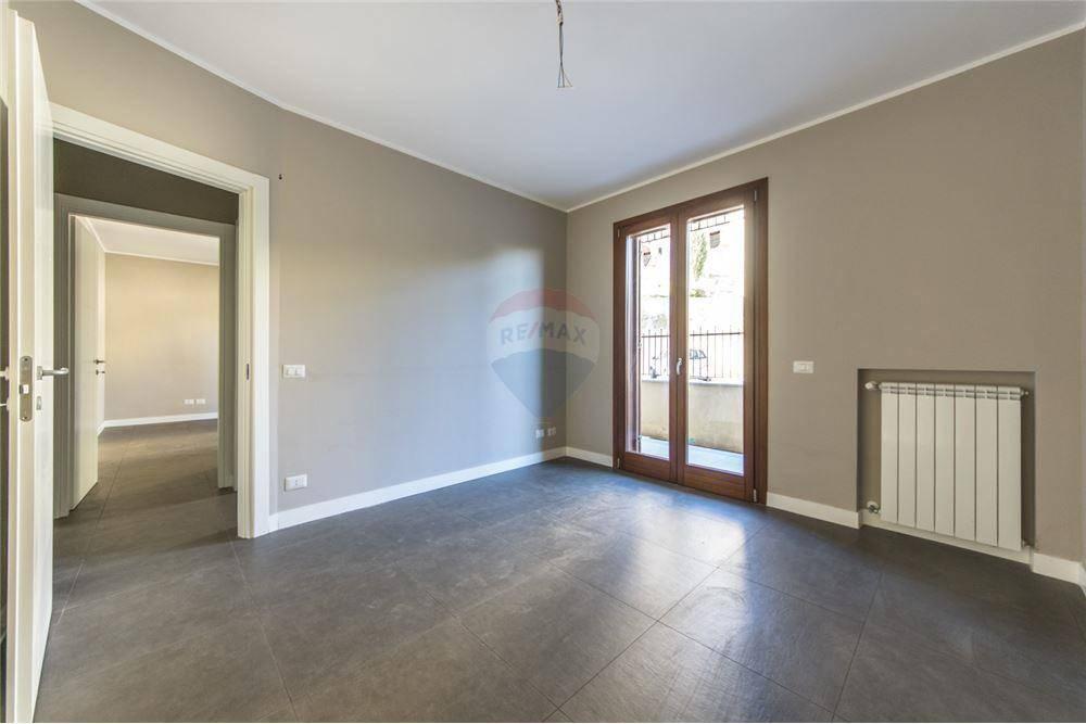 Appartamento in vendita Rif. 8885951