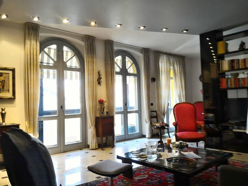 Stabile / Palazzo in ottime condizioni in vendita Rif. 8888924