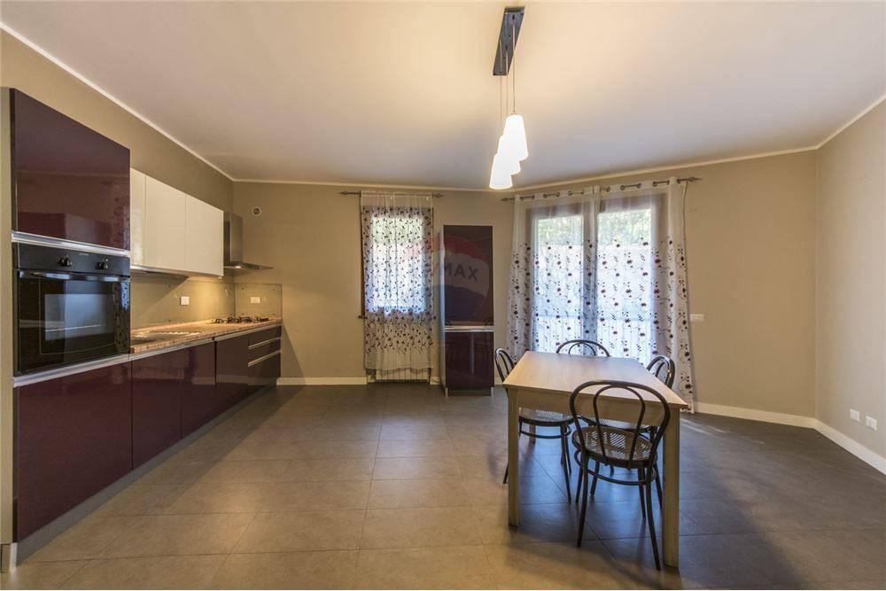 Appartamento in vendita Rif. 8885952