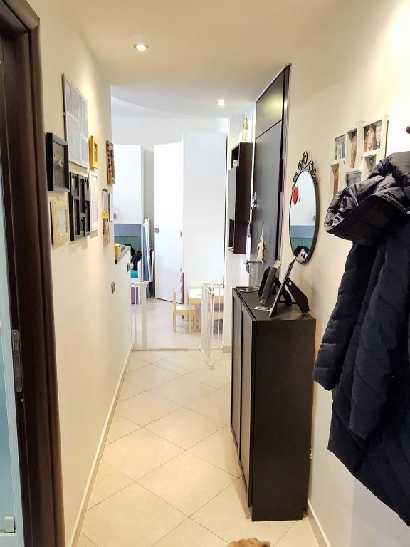 Appartamento in ottime condizioni arredato in vendita Rif. 8884871