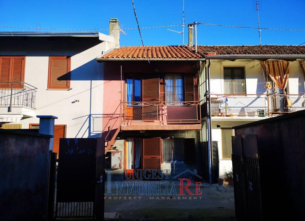 Foto 1 di Villetta a schiera via 4 Novembre, Villafranca Piemonte