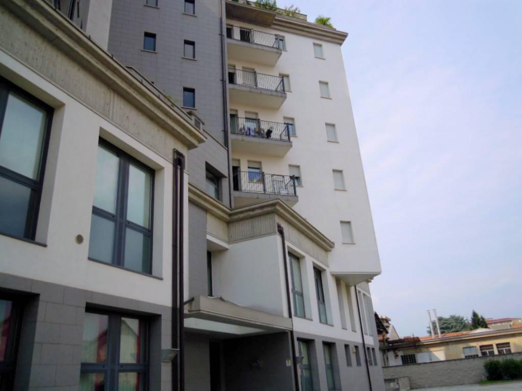 Appartamento in ottime condizioni arredato in affitto Rif. 8898220