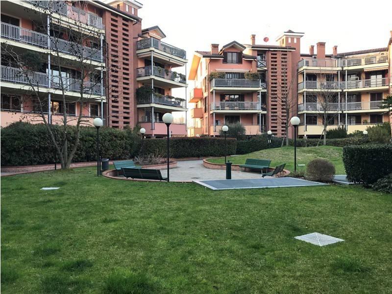 Appartamento in ottime condizioni in vendita Rif. 8899224