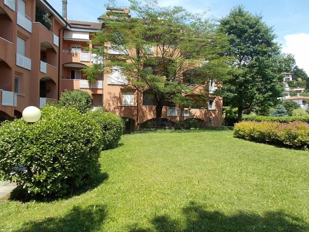 Appartamento in ottime condizioni in vendita Rif. 8896415