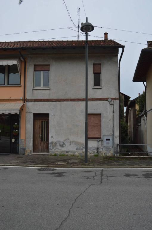 Appartamento da ristrutturare in vendita Rif. 8898537