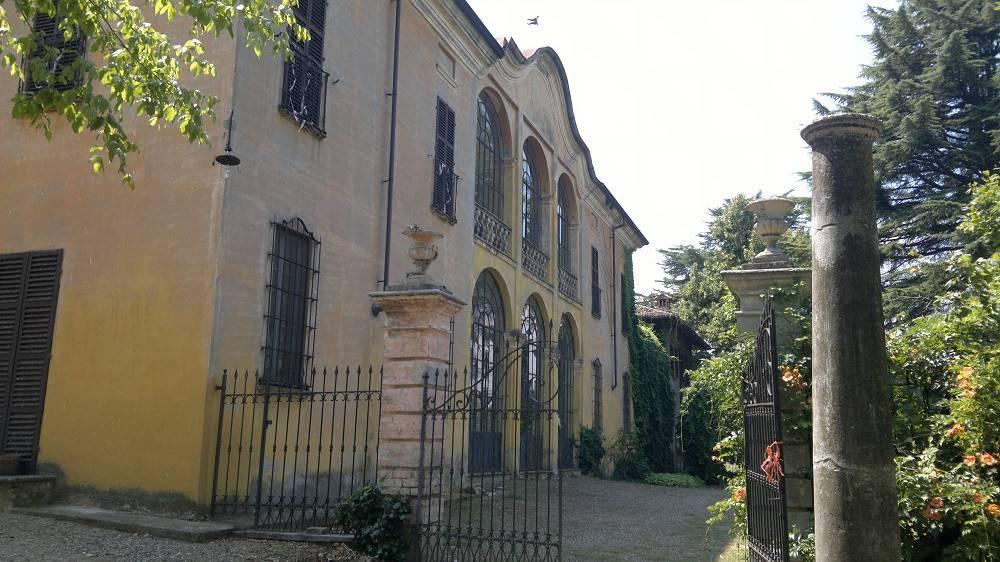 Stabile / Palazzo in buone condizioni in vendita Rif. 8914588