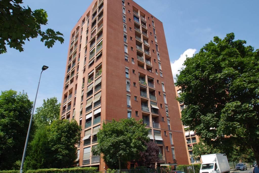Appartamento in ottime condizioni in vendita Rif. 8896521