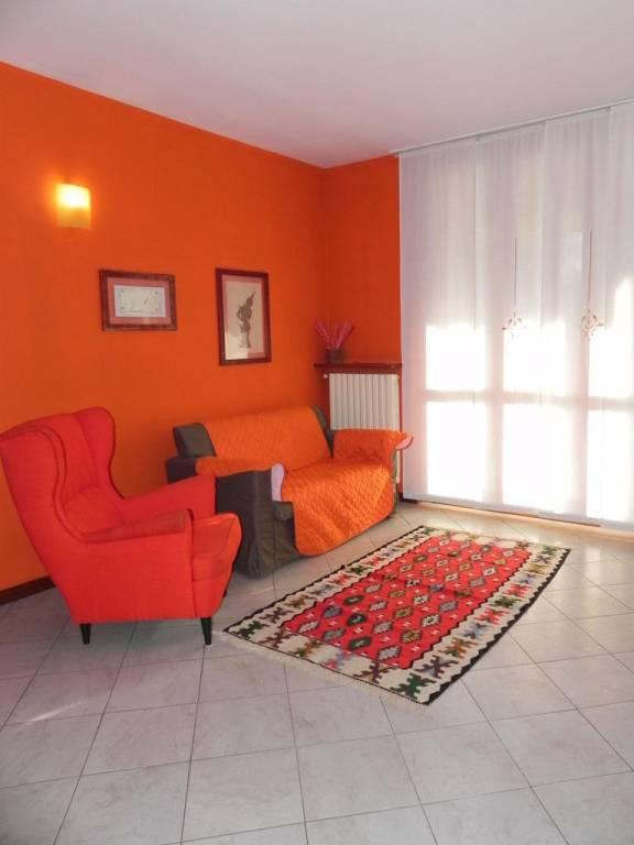 Appartamento in ottime condizioni arredato in affitto Rif. 8895562