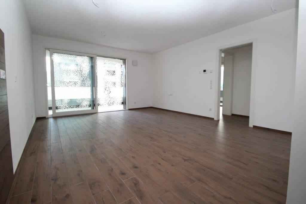 Appartamento trilocale di nuova costruzione con 2 garage