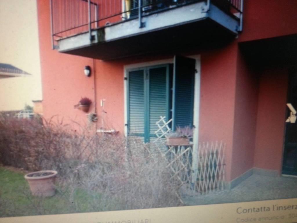 Appartamento in ottime condizioni arredato in vendita Rif. 8914342