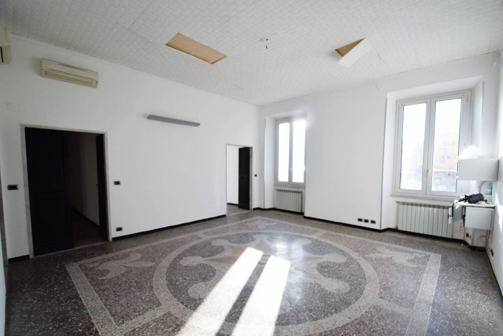 Ufficio in affitto Rif. 8895735