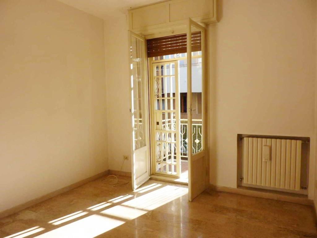 Appartamento da ristrutturare in vendita Rif. 8897064