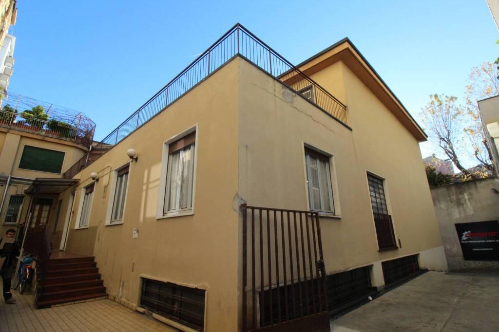 Stabile / Palazzo in vendita Rif. 8900189