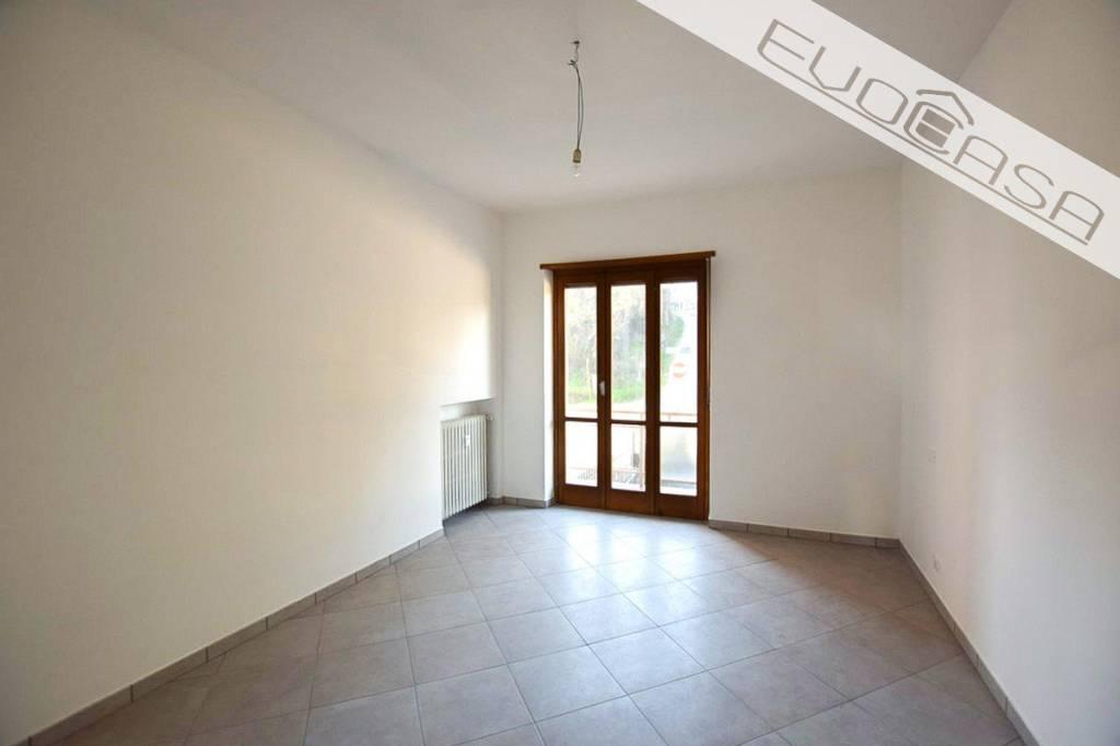 Appartamento in ottime condizioni in vendita Rif. 8897700