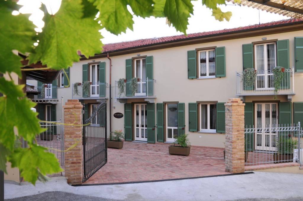 Appartamento in ottime condizioni arredato in vendita Rif. 8913658