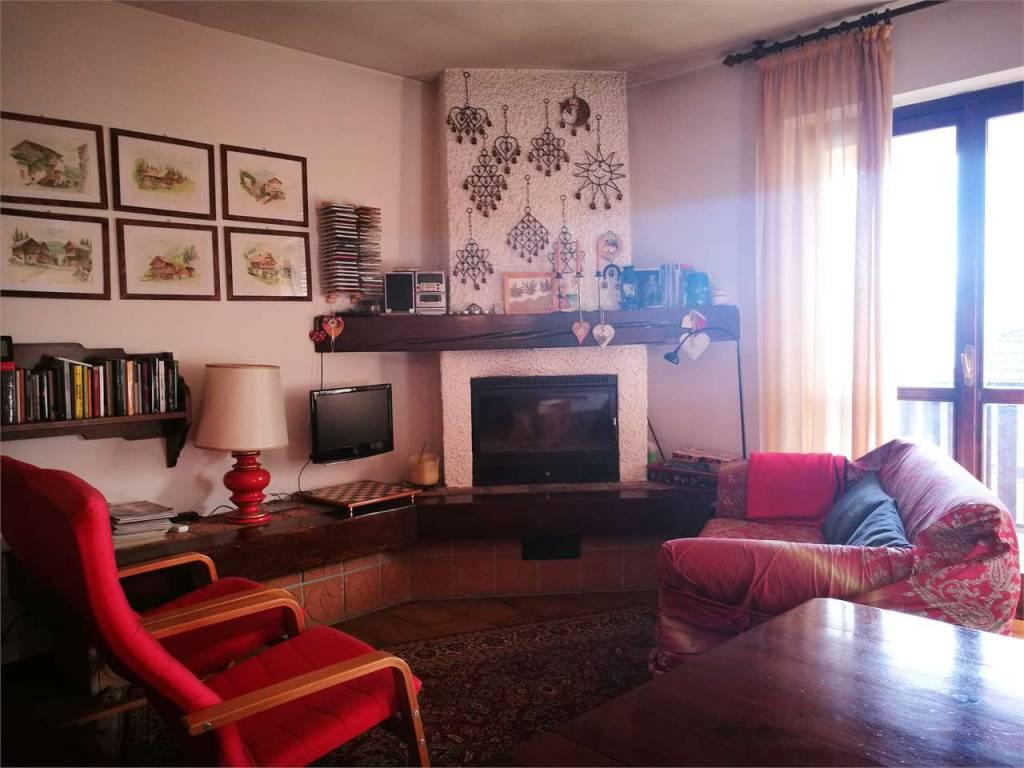 Appartamento su due livelli - Cassina Valsassina