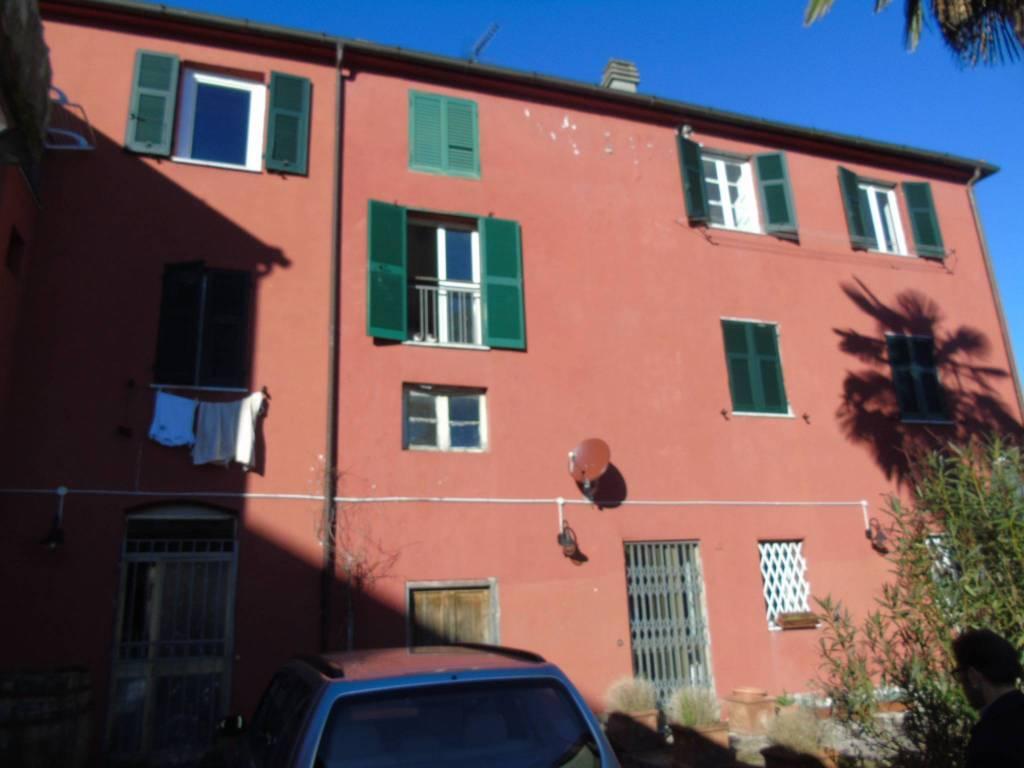 Appartamento in affitto a Bolano, 4 locali, prezzo € 450 | PortaleAgenzieImmobiliari.it