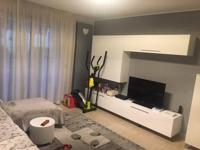 Appartamento in ottime condizioni in vendita Rif. 8914445