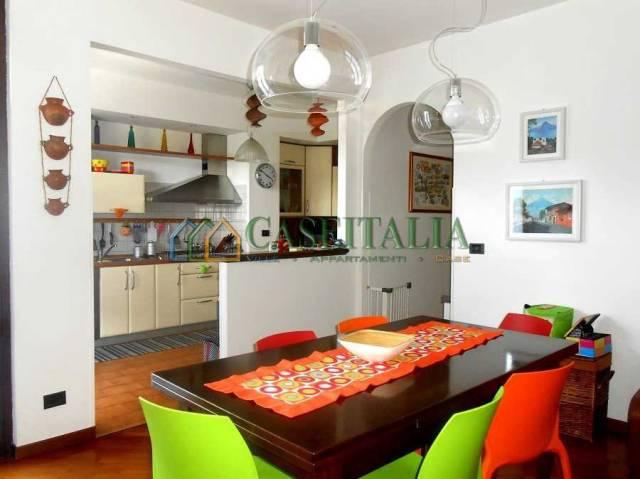 Appartamento in buone condizioni in vendita Rif. 6988453
