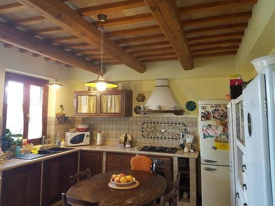 Villetta a schiera in ottime condizioni parzialmente arredato in vendita Rif. 8913345