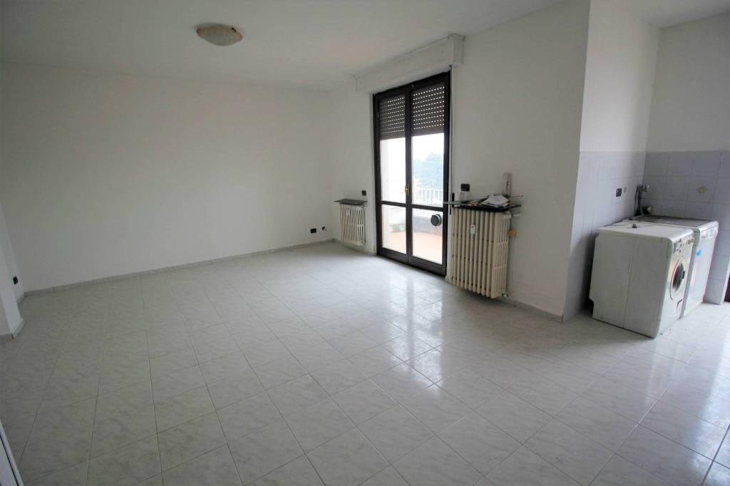 Appartamento in vendita a Olgiate Olona, 2 locali, prezzo € 68.000   PortaleAgenzieImmobiliari.it