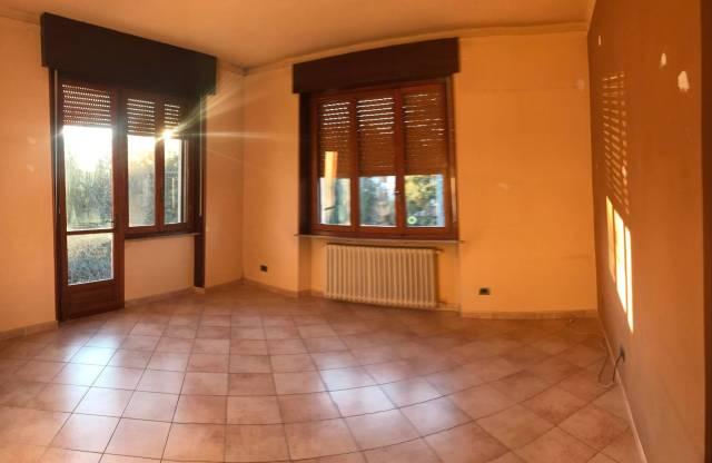Villa in affitto a Alessandria, 4 locali, prezzo € 500 | CambioCasa.it