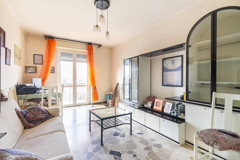 Appartamento in buone condizioni in vendita Rif. 8914286