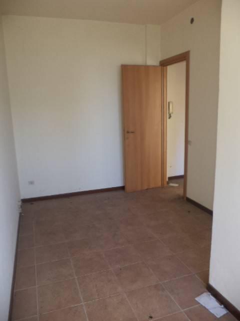 Appartamento in buone condizioni in vendita Rif. 8912414