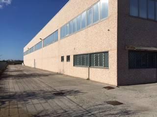 Magazzino - capannone in vendita Rif. 8912397