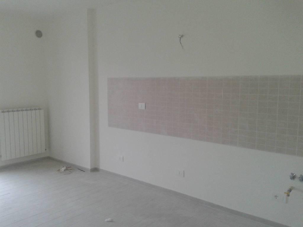 Appartamento in ottime condizioni arredato in affitto Rif. 8912756